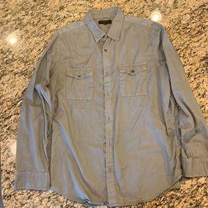 Men's Banana Republic Button Up Shirt-Size Large